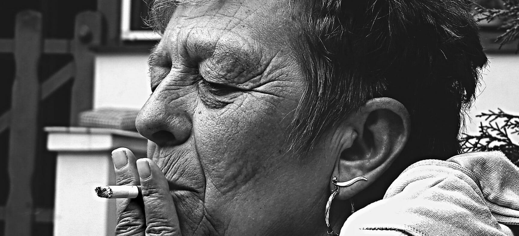 Fumar acelera o envelhecimento